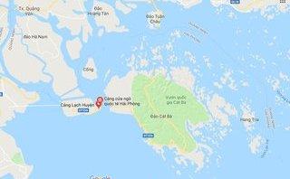 Tin nhanh - Cứu 8 thuyền viên hoảng loạn vì tàu bị chìm trôi dạt trên biển
