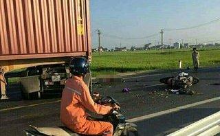 Tin nhanh -  Hai vợ chồng tử vong thương tâm sau va chạm với xe container