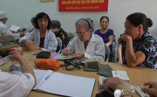 Sức khỏe - Phòng khám 0 đồng của những bác sĩ đầu bạc