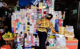 """Kinh doanh - Muôn hình thủ đoạn của dân buôn thuốc lá lậu """"mùa cực điểm"""""""