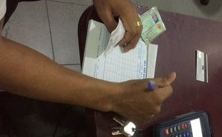 Kinh doanh - Quẹt thẻ tín dụng chui - người dùng 'giao trứng cho ác'