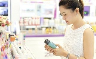 Tiêu dùng & Dư luận - Doanh nghiệp nhập lậu 2 container mỹ phẩm 'đội lốt' màng nhựa PVC