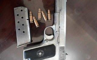 An ninh - Hình sự - Hai nhóm đánh nhau, lộ việc buôn bán tàng trữ vũ khí trái phép