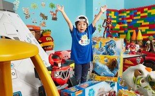 Cộng đồng mạng - Cậu bé 6 tuổi kiếm 11 triệu USD mỗi năm nhờ review đồ chơi trên Youtube