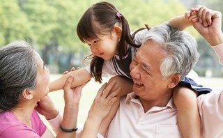 Chính trị - Chung tay chăm sóc người cao tuổi có hoàn cảnh khó khăn