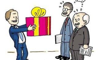 Chính trị - Nghiêm cấm cấp trên 'tranh thủ' cấp dưới qua biếu, tặng quà Tết