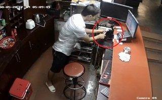 Video - Clip: Trộm đột nhập cửa hàng 'cuỗm' 2 iPhone chỉ trong 30 giây