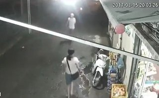 Video - Clip: Trộm vứt xe bỏ chạy khi bị chủ nhà phát hiện