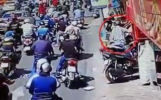 Video - Clip: Truy tìm nam thanh niên táo tợn trộm xe giữa phố Sài Gòn