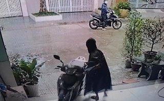 Video - Clip: Những vụ bẻ khóa trộm SH táo tợn xảy ra thời gian gần đây