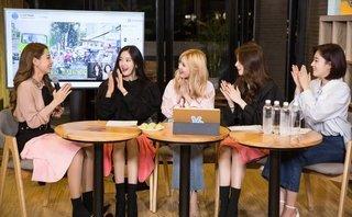 Giải trí - Bị chê thảm họa, Chi Pu vẫn được T-ara khen ngợi khi hát tiếng Hàn