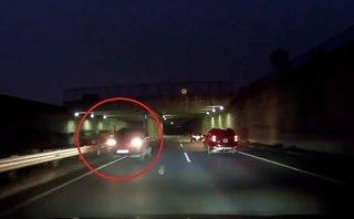 Xa lộ - Clip: Lại xuất hiện ô tô chạy ngược chiều trên cao tốc Hà Nội - Lào Cai