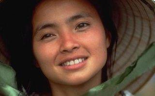 Giải trí - Khoảnh khắc diễn viên gốc Việt Lê Thị Hiệp được tưởng nhớ tại Oscar 2018