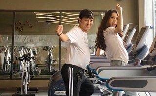 Giải trí - Trường Giang mang 'bụng bầu', nhí nhảnh chạy bộ cùng Hương Giang