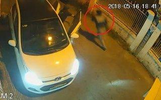 Mới- nóng - Vào nhà dân trộm xe, thanh niên cuống cuồng bỏ chạy khi bị phát hiện