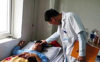 Giáo dục - Báo cáo sự việc thầy giáo bị đánh vỡ mũi lên bộ GD&ĐT