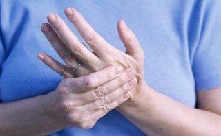 Sức khỏe - Biểu hiện của bệnh viêm khớp dạng thấp qua từng thời kỳ