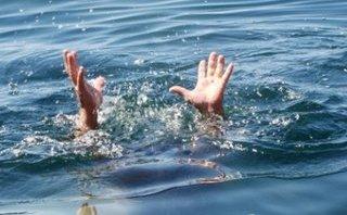 Giáo dục - Rủ nhau đi chụp ảnh, hai nữ sinh lớp 8 rơi xuống kênh chết đuối