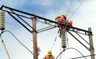 Tin nhanh - 3 thợ điện bị bỏng do chập điện