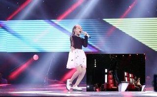 Giải trí - Soobin Hoàng Sơn 'phát cuồng' nhảy cẫng lên ghế vì cô bé đất Cảng