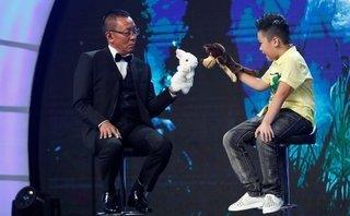 """Giải trí - MC Lại Văn Sâm """"đứng hình"""" khi bị cậu bé 10 tuổi phê bình """"tư duy thiếu logic"""""""