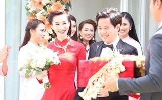 Giải trí - Hoa hậu Đặng Thu Thảo rạng rỡ, nắm tay chồng trong lễ rước dâu
