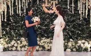 Giải trí - Khoảnh khắc yêu nhất sau đám cưới: Thu Thảo tung hoa cho Ngọc Hân