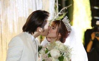 Ngôi sao - Khởi My – Kelvin Khánh hôn nhau say đắm trong đám cưới
