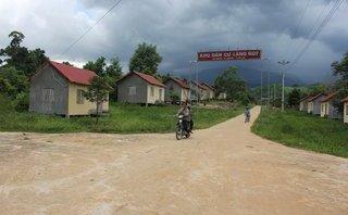 Chính trị - Xã hội - Bỏ nhà ngói đỏ, bước chân du cư kéo dân về rừng xanh