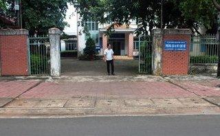 Tin nhanh - Kỷ luật cảnh cáo Bí thư thị trấn Chư Sê