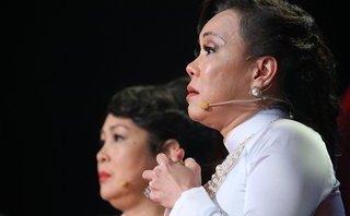 Giải trí - Clip: Việt Hương tiết lộ từng bị tâm thần phân liệt sau khi mẹ qua đời