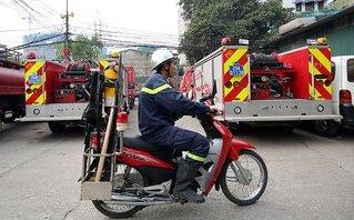 Mới- nóng - Clip: Cận cảnh xe máy cứu hỏa lần đầu xuất hiện ở Hà Nội