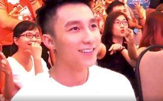 Giải trí - Clip: Sơn Tùng khiến fan 'đổ gục' bằng loạt biểu cảm siêu đáng yêu
