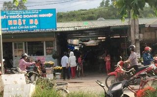 """Pháp luật - Vụ """"chủ chợ"""" lộng hành ở Nghệ An: Nhiều uẩn khúc chưa được làm rõ"""