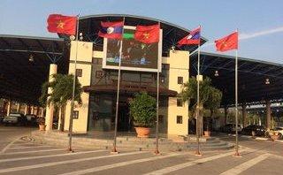 Kinh doanh - Quảng Trị: Doanh nghiệp lao đao vì hàng trăm xe ô tô mắc kẹt trong khu kinh tế