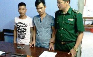 Pháp luật - Thừa Thiên Huế: 2 thanh niên dùng dao đuổi đánh trưởng công an xã
