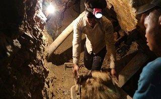 An ninh - Hình sự - Đột kích hầm vàng, giải cứu 11 thanh niên bị ép lao động khổ sai