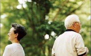 Tâm sự - Làm gì khi phát hiện bố chồng ngoại tình?
