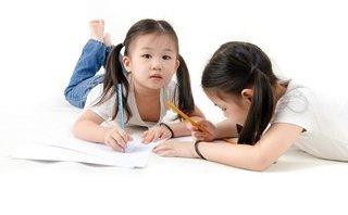 Gia đình - Không nhắc, làm thế nào để con tự giác học bài?