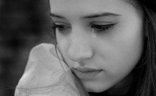 Gia đình - Một câu chê trách cũng đủ để phụ nữ tổn thương suốt đời