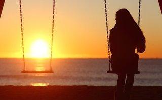 Tâm sự - Phụ nữ có thế nào cũng đừng sợ không gặp được người biết nâng niu