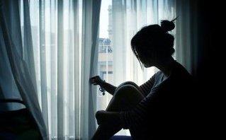 Tâm sự - Tình cảm của chúng ta bắt đầu vơi dần đi, từ những lần anh làm em buồn