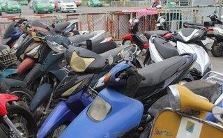 Xã hội - Cận cảnh bãi xe bị chủ ' bỏ rơi ' ở Ga đường sắt Sài Gòn