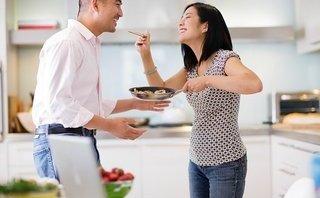Gia đình - Tại sao đàn ông cứ phải làm nhiệm vụ che chở phụ nữ?