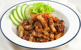 Gia đình - Món ngon mỗi ngày: Thịt rang gừng lá chanh đưa cơm