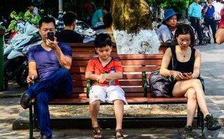 """Đa chiều - Đừng để công nghệ """"giết chết"""" tình yêu của bố mẹ dành cho con"""