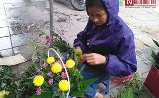 Đời sống - Ngày 20/10 của những phụ nữ bán hoa tươi