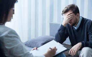 Gia đình - Trầm cảm sau cưới: Chồng lao đao vì vợ xinh đẹp có những biểu hiện lạ