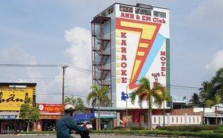 Tin nhanh - Không an tâm để kinh doanh, quán karaoke mới khai trương lại đóng cửa