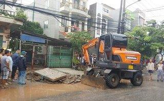 Chính trị - Xã hội - Quảng Ninh: Huy động lực lượng tìm học sinh rơi xuống cống